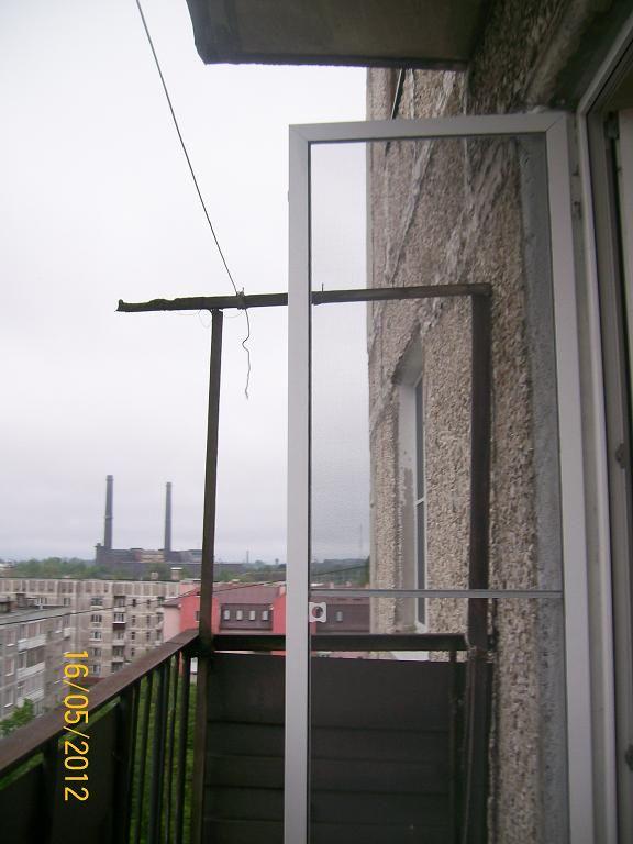 Сетка на дверь балкона своими руками.